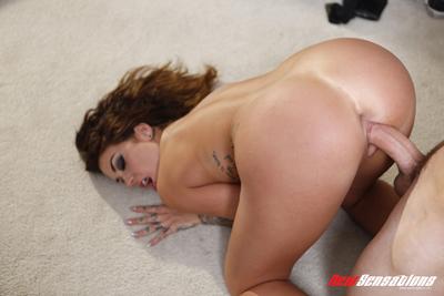 Luscious round ass